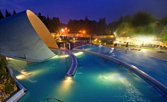 мішкольц-тапольца - один з кращих курортів угорщини