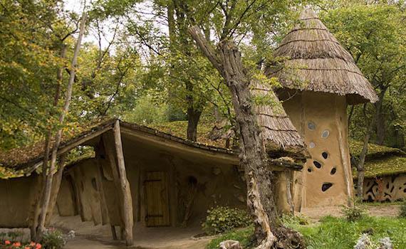 самые популярные уголки для туризма в украине