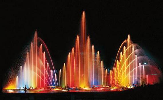 співаючі фонтани для романтичного вечора
