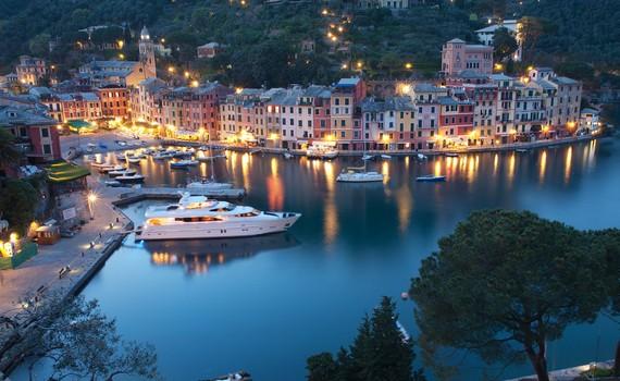 прекрасний італійське місто бракк